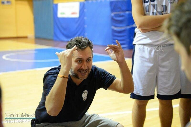 Il nuovo allenatore è Joseph Morra