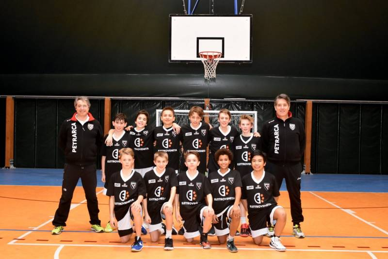 Foto squadra PetrarcaBasket 2017