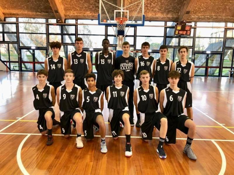 Foto squadra PetrarcaBasket 2019