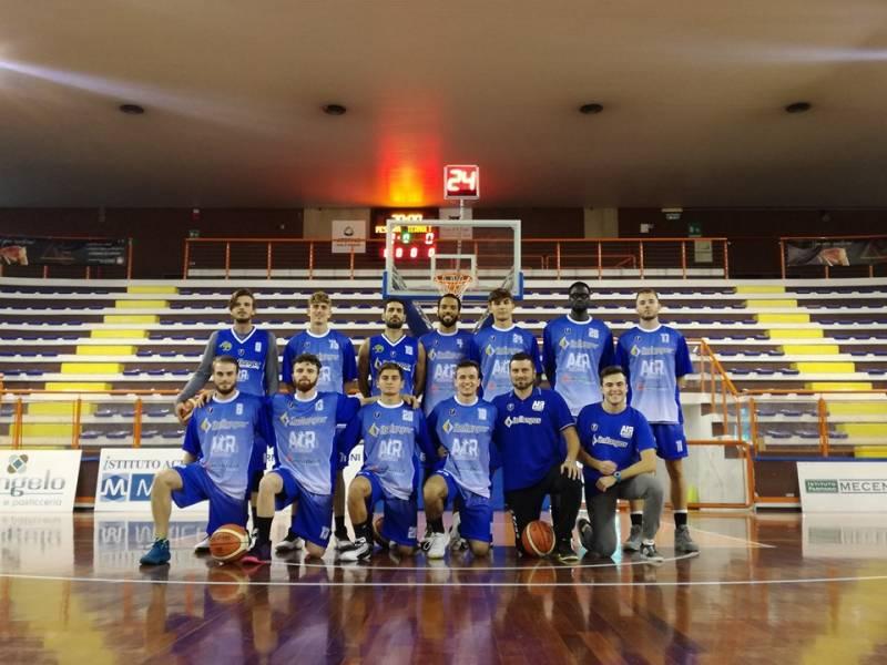 Foto squadra AirBasketTermoli 2020