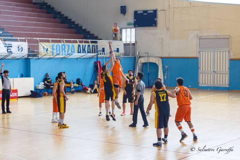 Amatori Basket Messina vincente all'esordio nel torneo di Promozione contro l'Orsa Barcellona