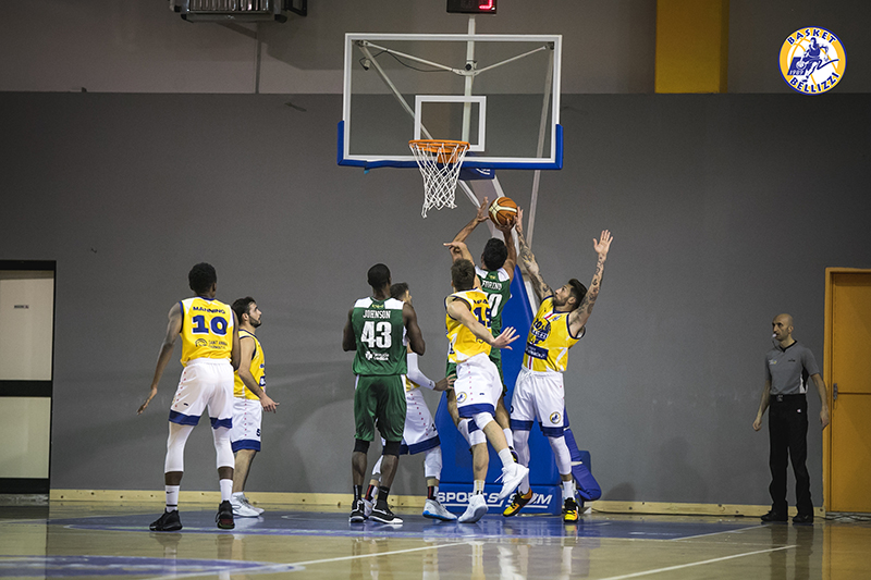 Bellizzi firma la settima meraviglia: 68-52 al Basket Club Irpinia