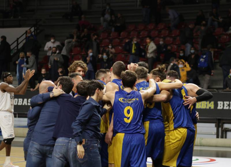 I Fiorenzuola Bees pungono fortissimo; battuto Bergamo in una gara esaltante al PalaAgnelli