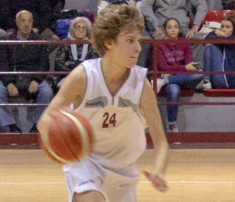 Il Basket Acireale si aggiudica l'importante scontro diretto con lo S.C. Gravina