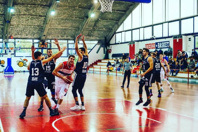 Esordio vincente al Palaopitergium per coach Guerra e i suoi ragazzi