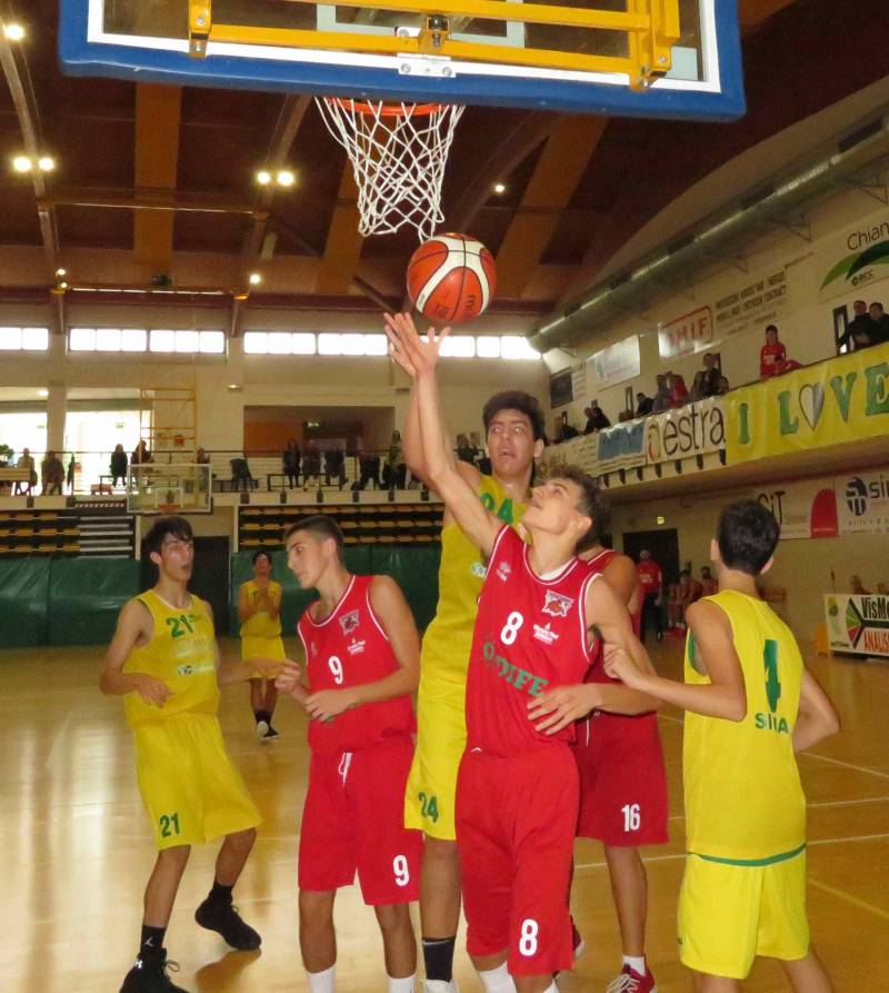 L'U15 ecc di Bancacras Vismederi chiudono l'anno con una vittoria sul campo di Legnaia