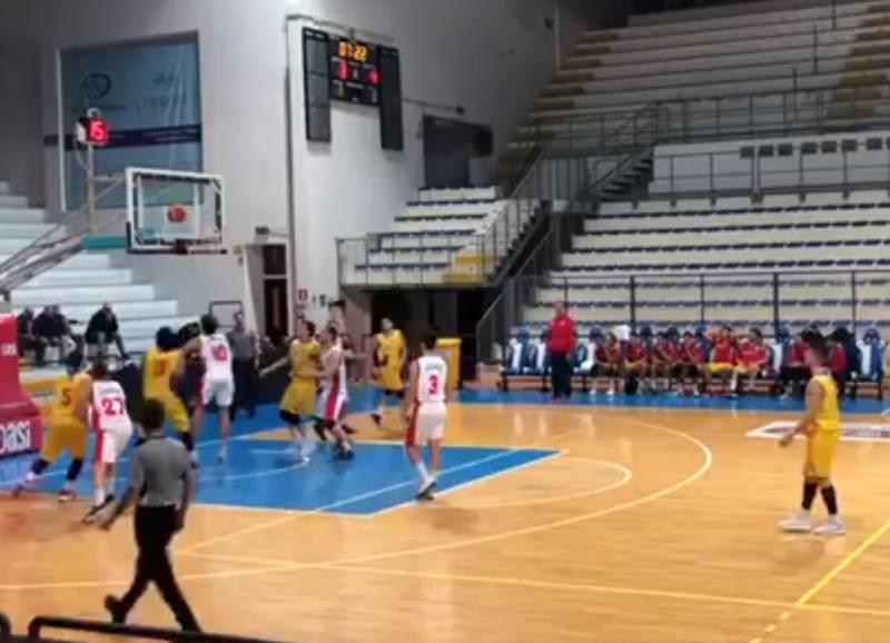 Quinta vittoria consecutiva per l'Olimpia Mosciano: piegato anche Porto San Giorgio!