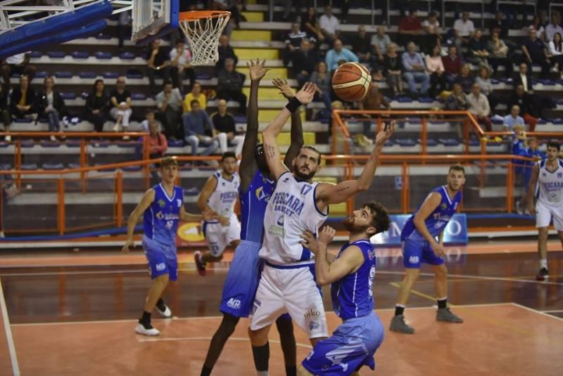 Pescara Basket, grande vittoria nel derby: Antoniana annichilita!