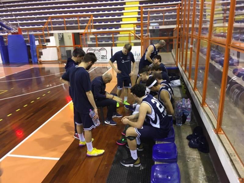 Pescara Basket trionfa dopo un match sulle montagne russe