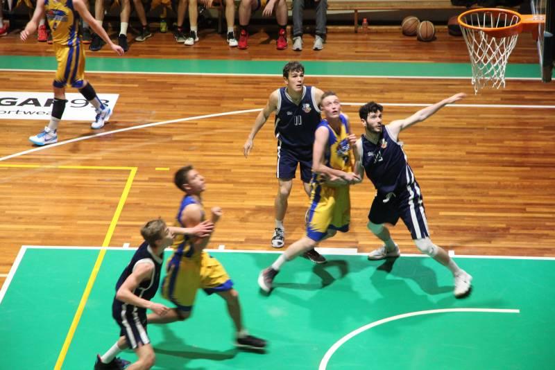 Piani Junior avanti 2-0 nella finale playoff