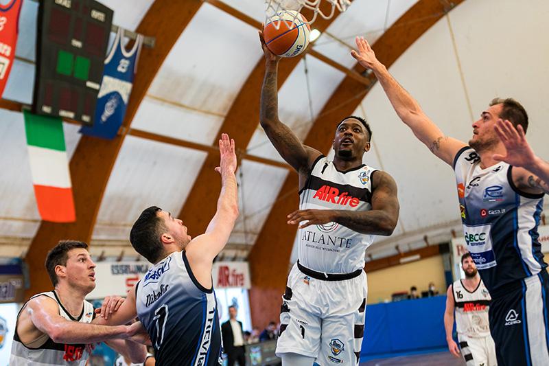 L'Atlante Eurobasket Roma ritrova la vittoria: piegata Treviglio