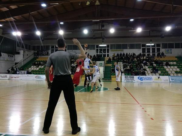 L'Unibasket Amatori cede di misura a Porto Sant
