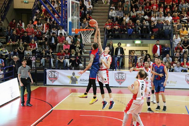 Secca sconfitta del Bologna Basket 2016 a Rimini