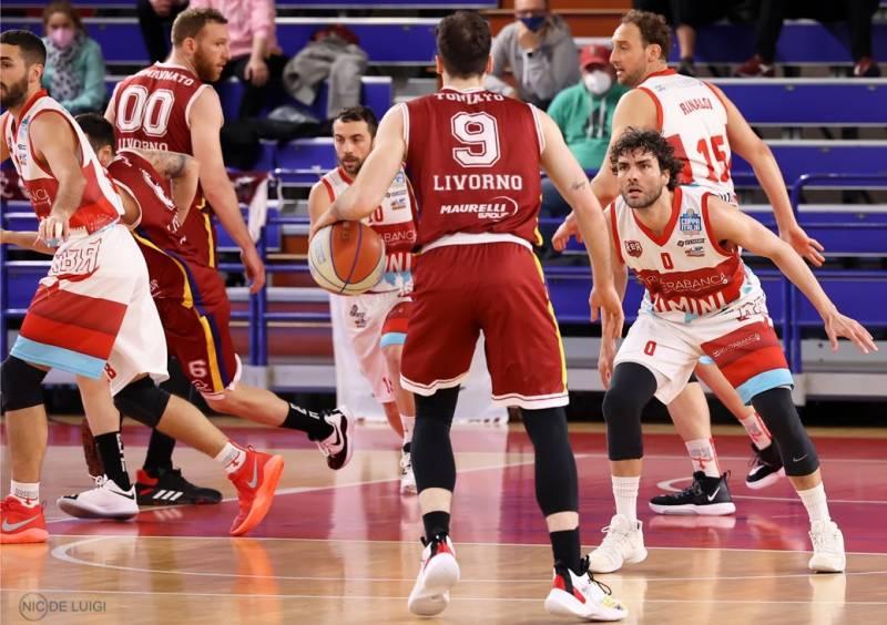 Manca la vittoria per un soffio Rivierabanca Basket Rimini, al Flaminio passa Libertas Livorno 1947