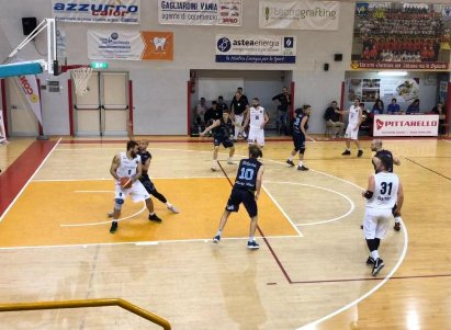 Indomita Lucky Wind: recupera da meno 22 e vince dopo tre supplementari a Osimo