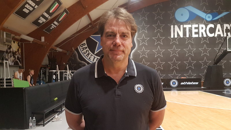 Massimo Prosperi nuovo coach nerostellato