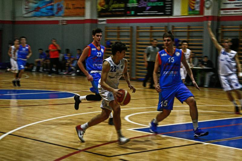 Vigliano Basket Club perde il derby contro i Teens