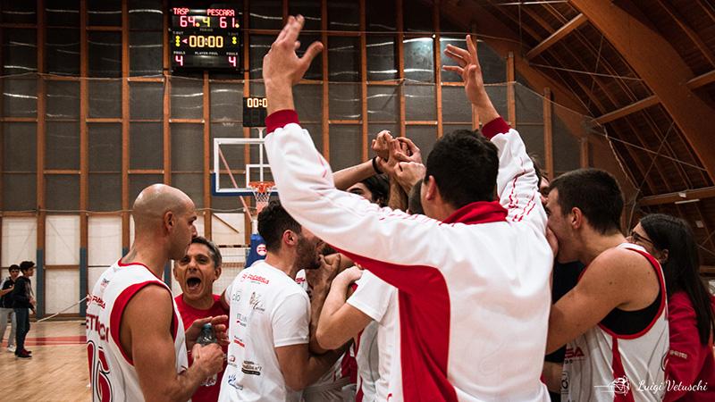Terza gara del 2020 e terza vittoria per la Tasp che batte 72-56 il Basket Silvi