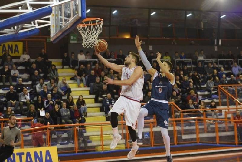 L'Unibasket Amatori manda ko Teramo, il derby è di Pescara