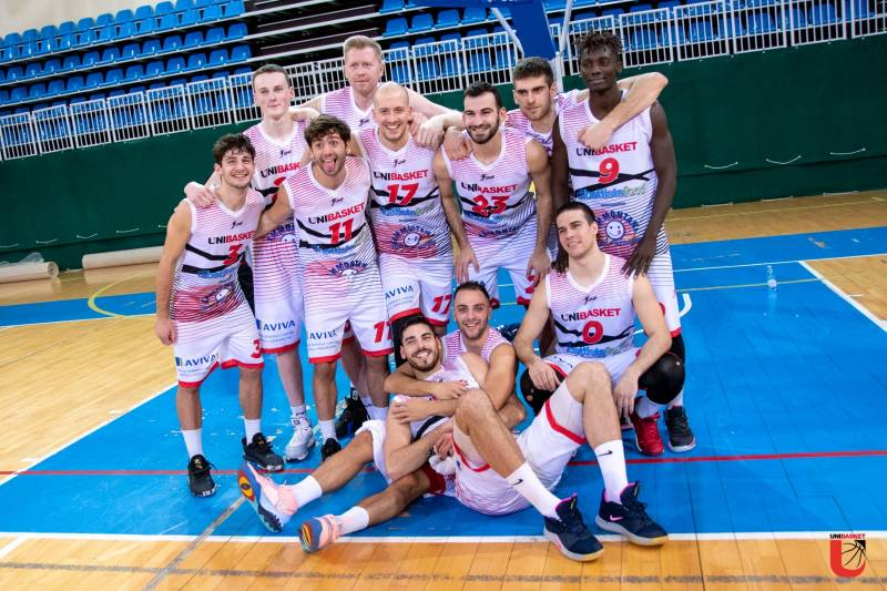 Martino e Martinelli trascinano l'Unibasket alla vittoria