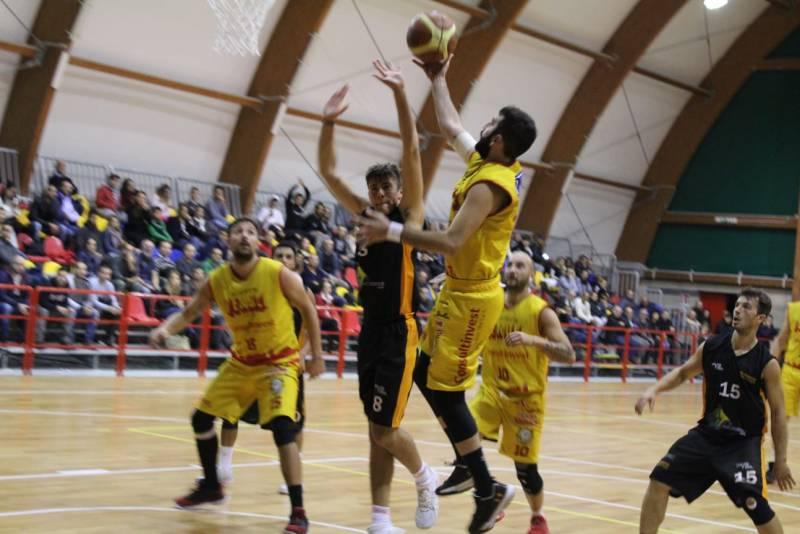 Pallacanestro Veroli 2016 trova i primi punti in campionato
