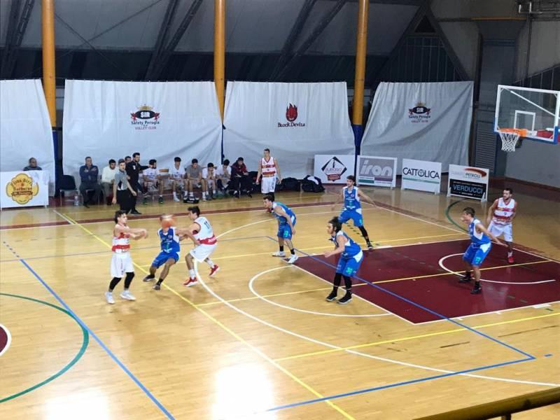 Virtus Assisi all'ottava sinfonia: vince 72-53 contro la Taurus Basket Jesi e il PalaSir esulta