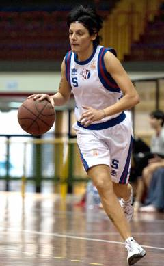 Mara Buzzanca, coach dell'Alma basket ed ex giocatrice si racconta