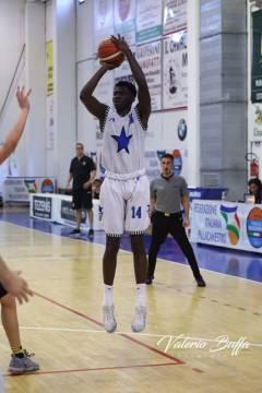 Arriva il giovane Emmanuel Adeola